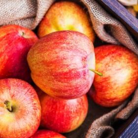 Una manzana al día aleja al doctor de tu vida